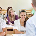 Guvernul britanic: Studenții din Anglia se vor întoarce la cursuri nu mai devreme de 17 mai